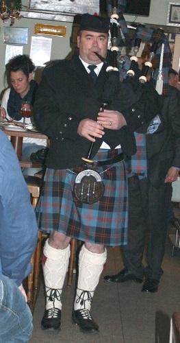 Schottische frauen kennenlernen Schottische frauen kennenlernen